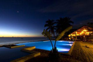 http://www.anjiamarango-beach-resort.com/wp-content/uploads/Anjiamarango-Lodge-320x213.jpg