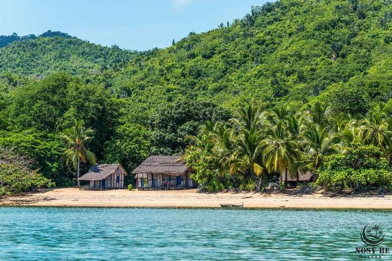 http://www.anjiamarango-beach-resort.com/wp-content/uploads/lokobe.jpg