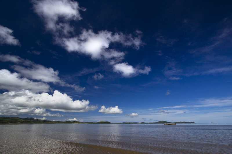 http://www.anjiamarango-beach-resort.com/wp-content/uploads/plage-nosybe-1.jpg
